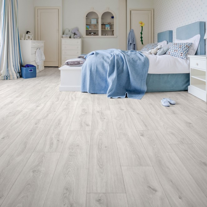 Woodlike-CVBodenbelag-Creme-EicheWeiss02-mil3.jpg