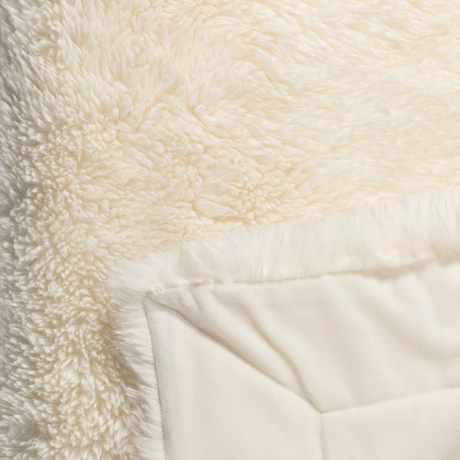 Fluffy-Decke-Weiss-Offwhite-150x200-lup2