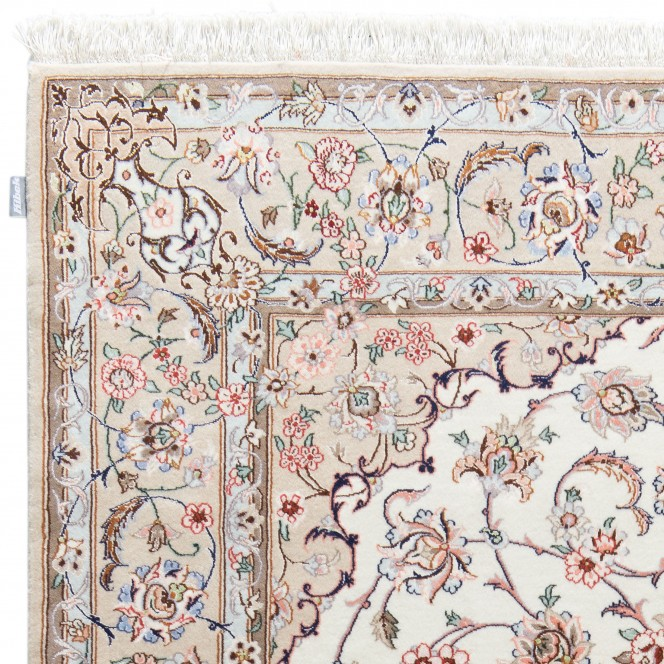 Isfahan-creme_900166418-050_lup1.jpg