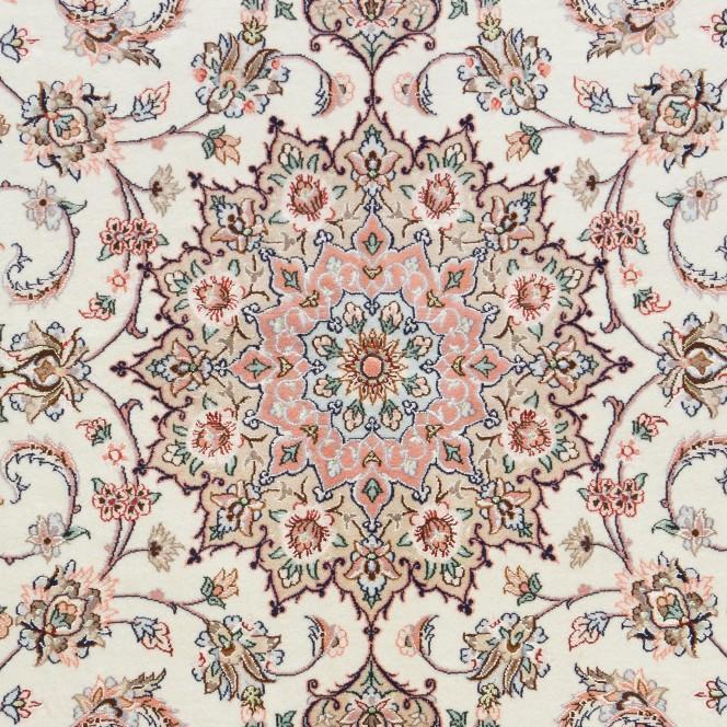 Isfahan-creme_900166418-050_lup2.jpg