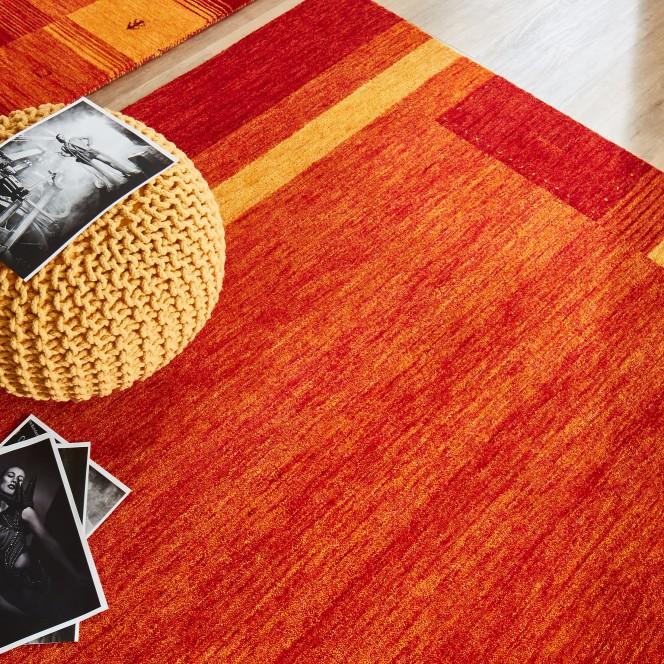 Maheru-GabbehTeppich-Orange-Terrakotta-160x230-mil2.jpg