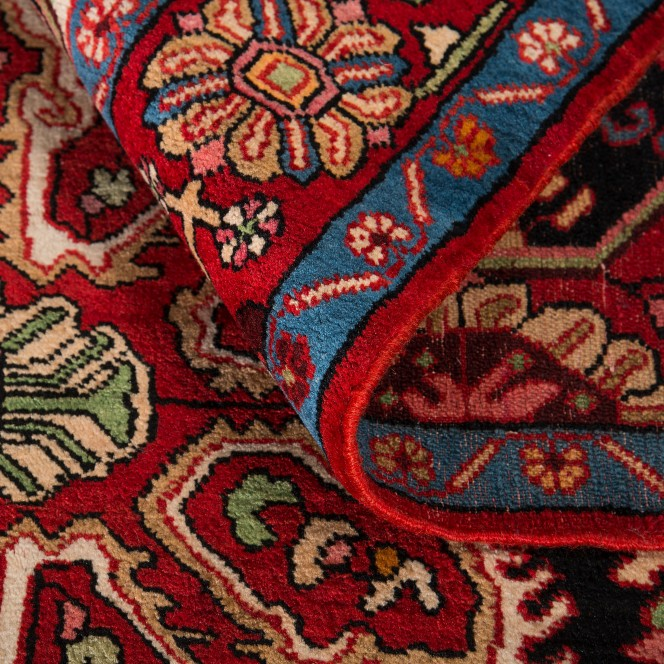 NahavandHamadan-mehrfarbig_900181932-050_wel.jpg