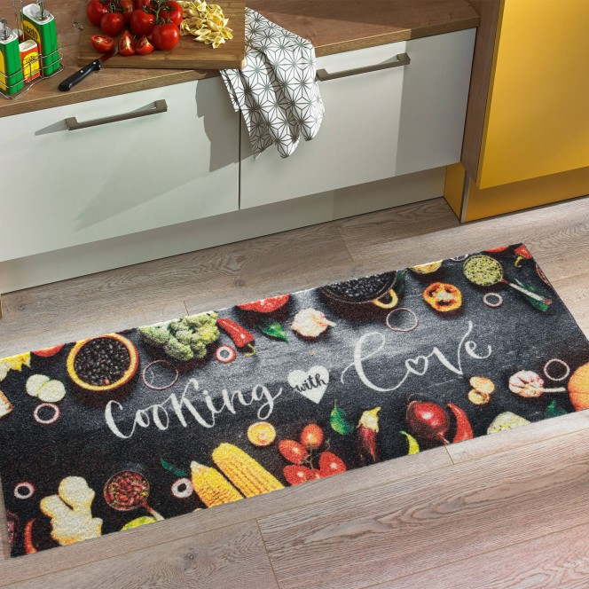 KitchenPlus-Fussmatte-mehrfarbig-CookingLove-50x150-mil.jpg