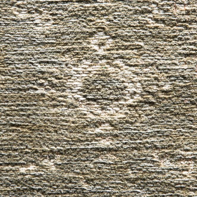 ChaletRoyal-Vintageteppich-grau-GreyCement-lup1.jpg