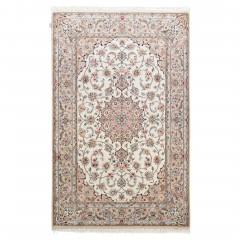 Isfahan-creme_900166418-050.jpg