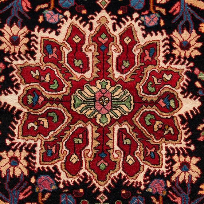 NahavandHamadan-mehrfarbig_900181932-050_lup2.jpg