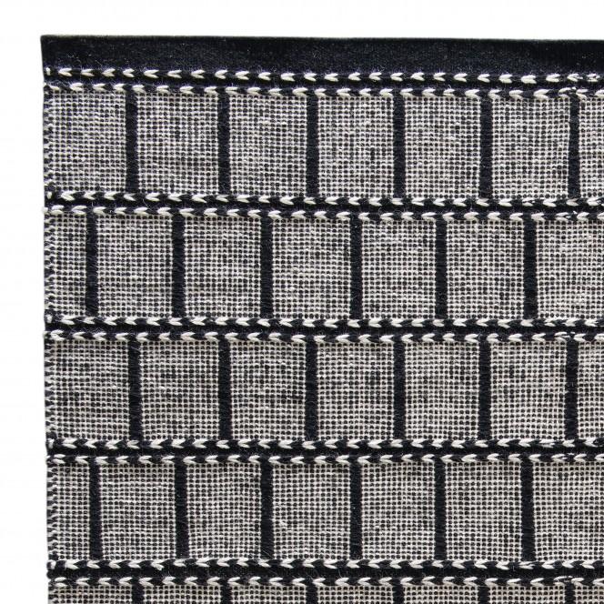 laisbaeck-kelim-dunkelgrau-blacksilver-170x240-lup.jpg