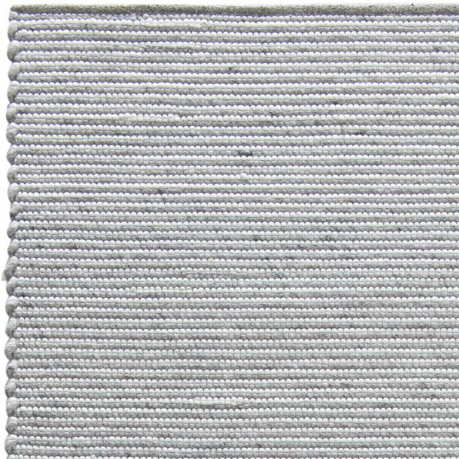Holmerud-Handwebteppich-grau-Loftgrey-lup.jpg