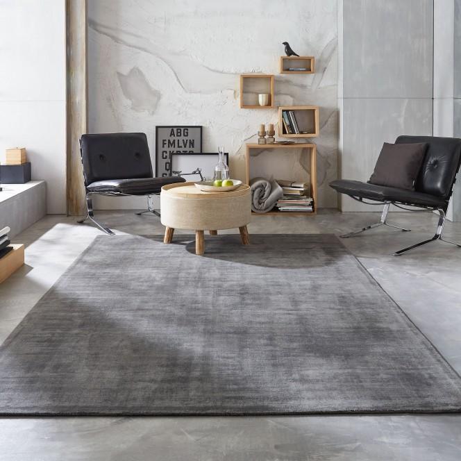 Miramar-Designeteppich-grau-stahl-mil2.jpg