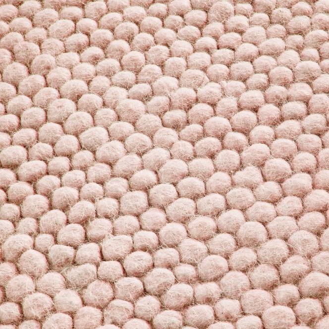 Malmby-Handwebteppich-rosa-Rose-lup
